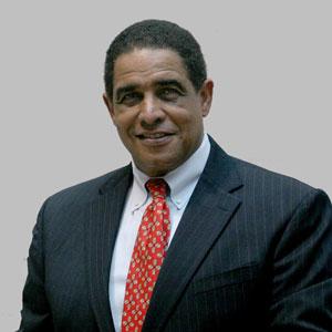 Gil Cargill, Advisor